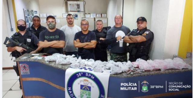 POLÍCIA PRENDE HOMEM COM FARTO MATERIAL ENTORPECENTE EM PARAÍBA DO SUL