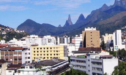 Saneamento básico é tema de reunião entre a Prefeitura de Teresópolis e associações de moradores