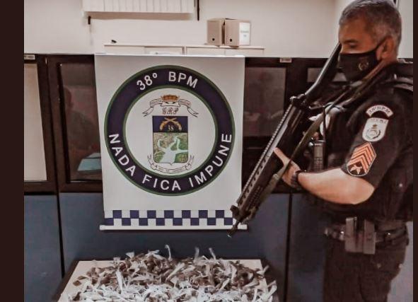 POLICIA PRENDE TRIO COM GRANDE CARGA DE ENTORPECENTES EM PARAÍBA DO SUL
