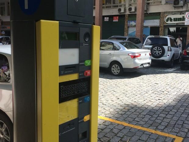Sicomércio acompanha os trabalhos da Comissão que analisa a renovação do contrato do serviço de estacionamento rotativo em Petrópolis