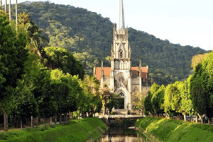 Catedral promove almoço beneficente no domingo com retirada no local ou delivery