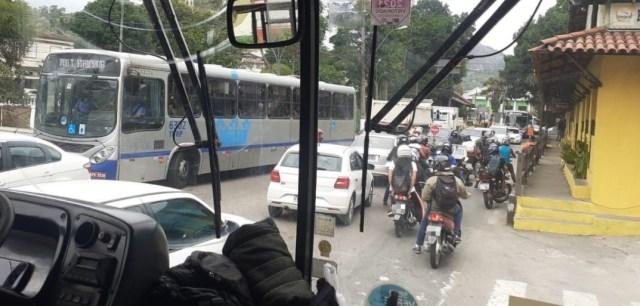 Obras viárias do DNIT na União e Indústria dificultam cumprimento dos horários dos ônibus