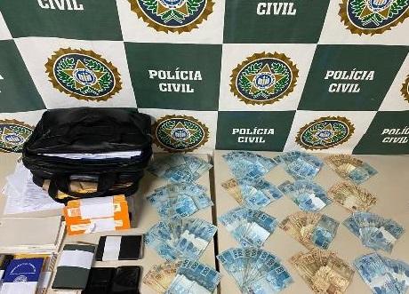 Polícia prende estelionatária que se passava por funcionária do INSS e aplicava golpes em idosos