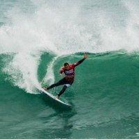 Surf | Frederico Morais e Tiago Pires a partir de amanhã em Ribeira d'Ilhas