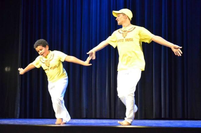 Pag. 12 - Mostra de Dança 2