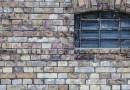 Abandonando a parede