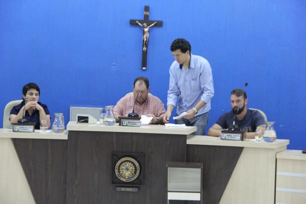 Câmara Municipal: realiza sessão extraordinária hoje, (17), para votar contrato com o hospital