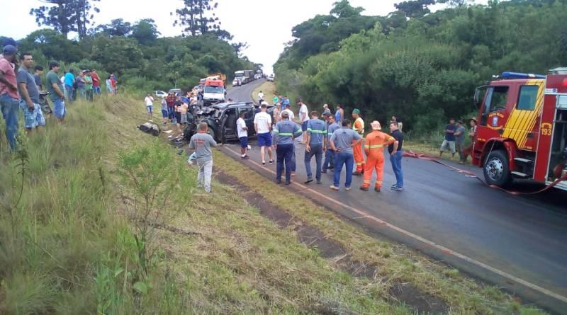 Duas mulheres e duas crianças morrem em grave acidente entre Mangueirinha e Coronel Vivida