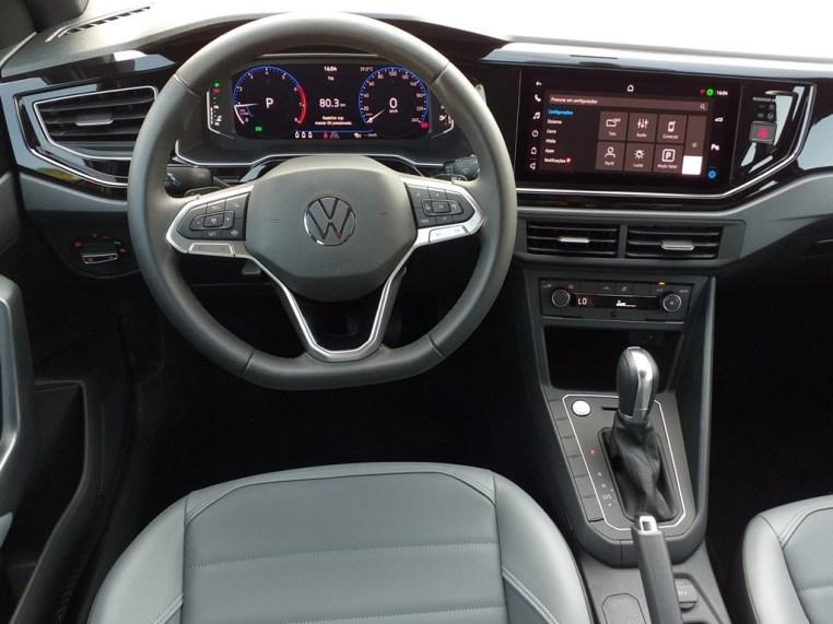 Volkswagen Nivus Highline  - vista interna