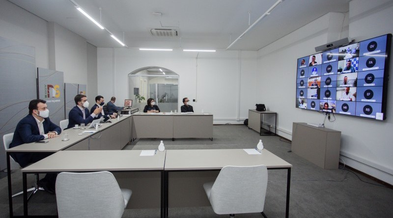 Governo debate com deputados e prefeitos novo sistema de distanciamento do RS