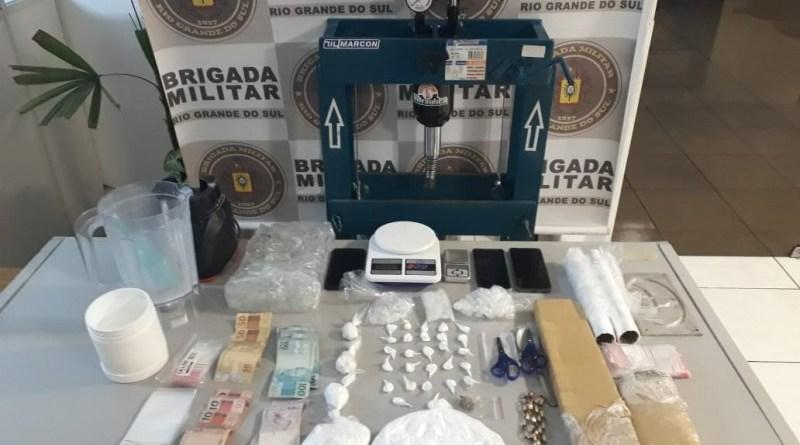 BM realiza prisão por tráfico e associação ao tráfico de drogas em Parobé
