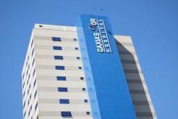 Técnico de Enfermagem para UTI Adulto em Caxias