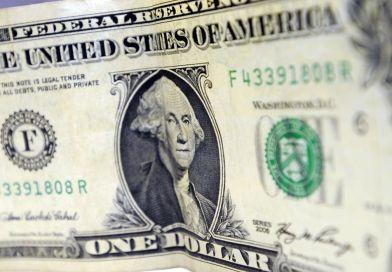 Dólar aproxima-se de R$ 5,35 com preocupações sobre China
