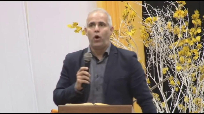 Confira o número de telefone de Claúdio Duarte e marque uma agenda para 2018
