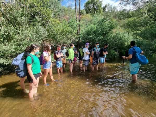 Vila de Rei: Alunos finalistas realizaram Aquatrail pela Ribeira do Codes