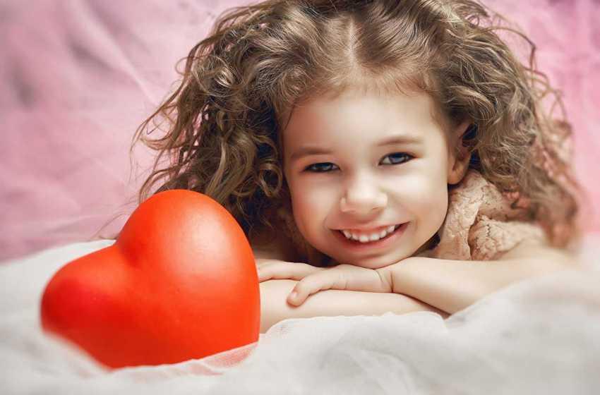 Sorrir é Acariciar Com o Coração