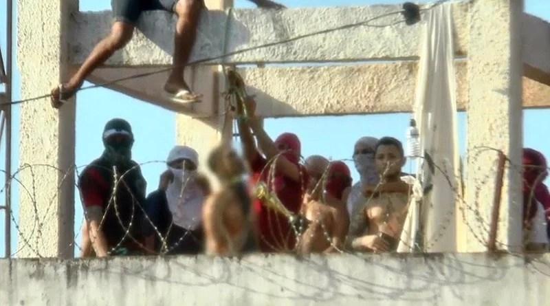 Rebelião em presídio deixa 52 mortos sendo que 16 foram decapitados