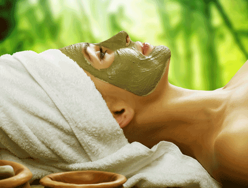 Refresh Your Skin With A DIY French Green Clay Mask