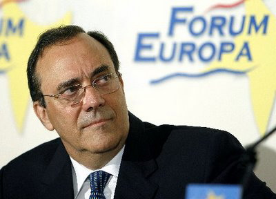 Carlos Alberto Montaner, director de Firmas Press.