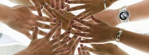 Miles de manos tienen que unirse para cambiar su mentalidad.