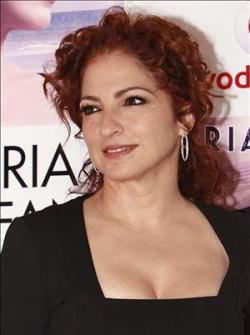 Gloria Estefan opinando sobre Juanes y su concierto en la Plaza de la Revolución.