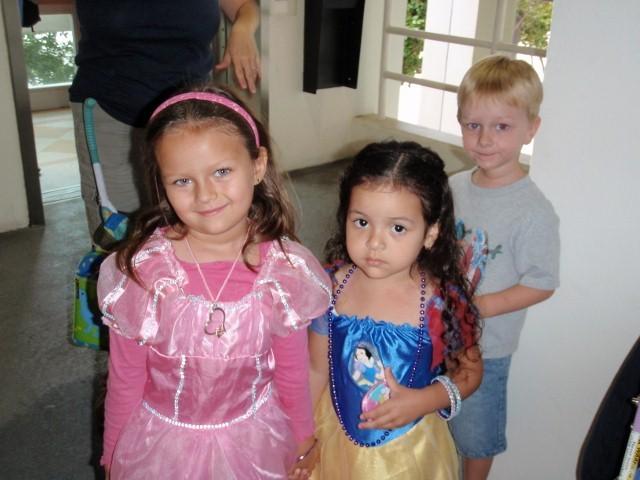 Algunos de los niños magos y trotamares de Blogndres...