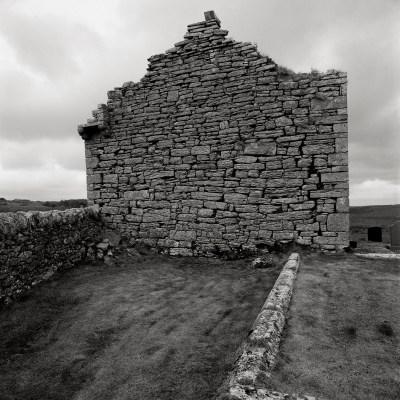 Irlanda, Iglesia de Kilfenora, Burre, 2014