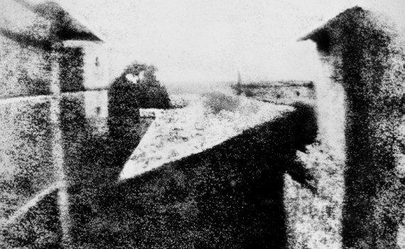 La primera fotografía de la historia - View from the Window at Le Gras - Joseph Nicéphore Niépce