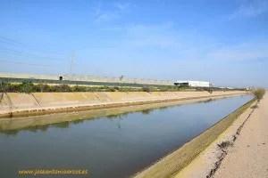 Trasvase canal en campo de Cartagena