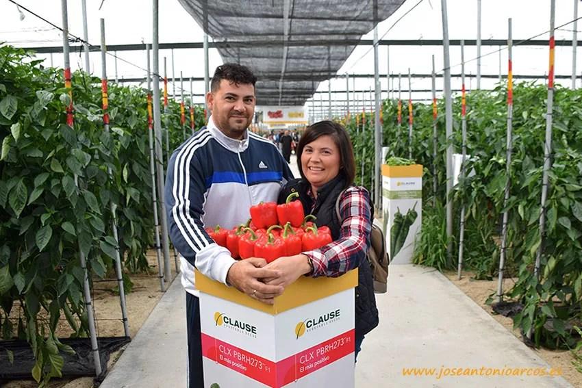 Juan Castarnado y Lidia Olvera, agricultores de El Ejido