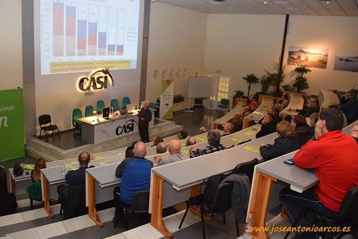 Jornada de control biológico en la cooperativa CASI en Almería.