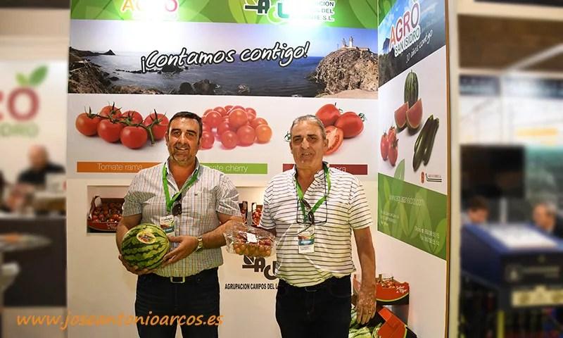 Los hermanos Juan Antonio y Francisco José Martín, gerentes de Agro San Isidro. /joseantonioarcos.es