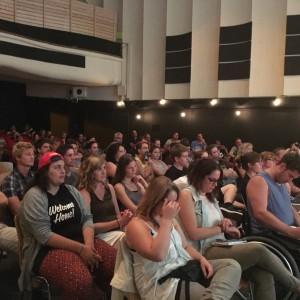 Das Publikum beim ICF St Gallen