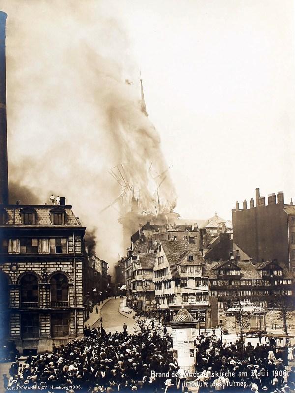 Hamburg 1906, Einsturz des Michels