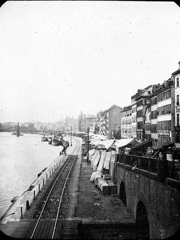Frankfurt 1907, Häuserzeile