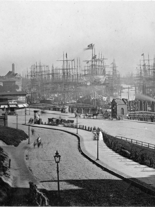 Hamburg 1885, Hafen