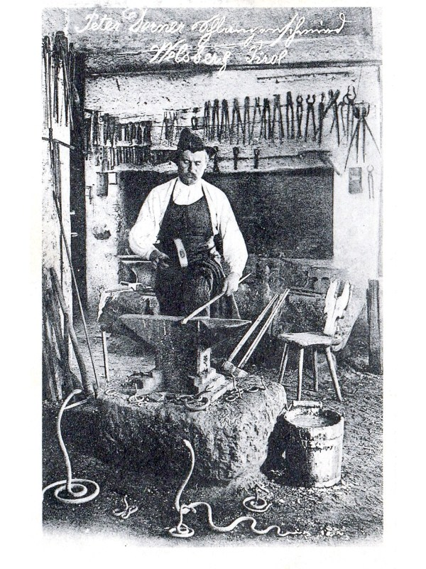 Welsberg 1905, Schlangenschmied