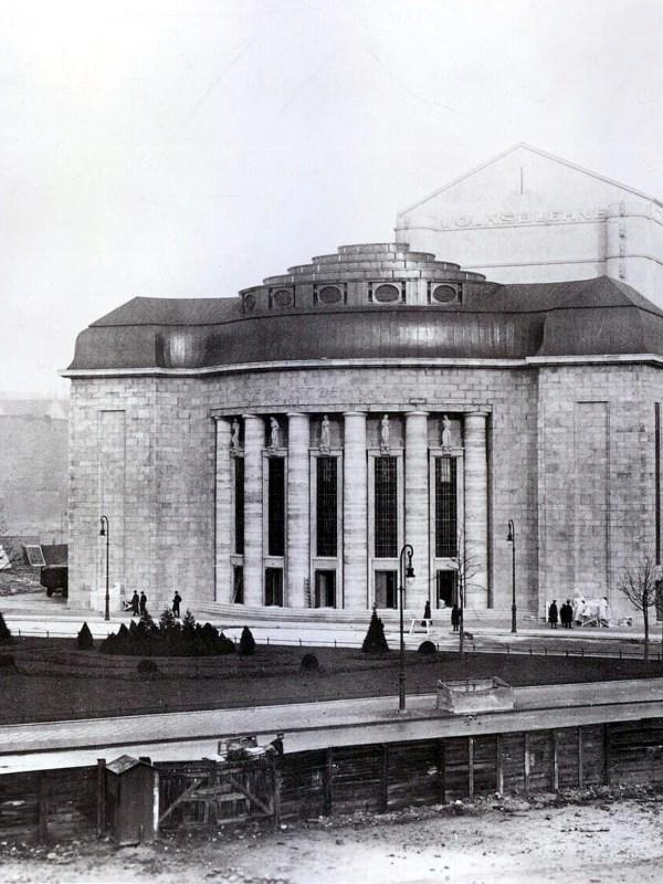 Berlin 1914, Neubau der Volksbühne