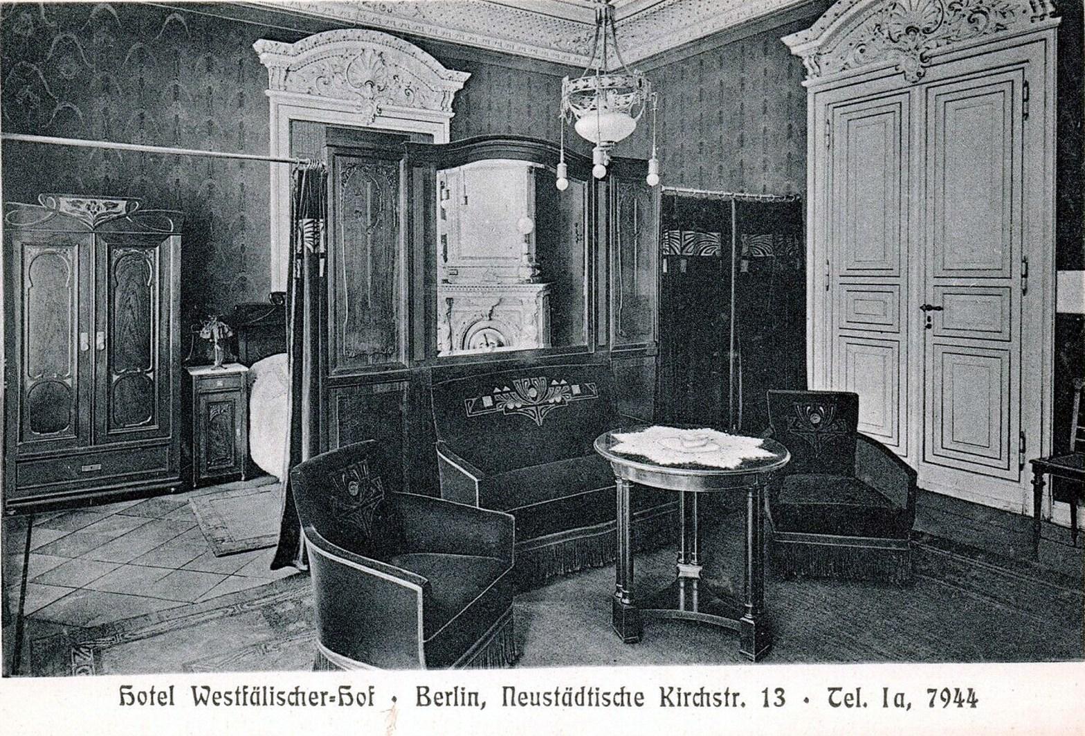 Berlin 21, Hotelzimmer – josefauer.com
