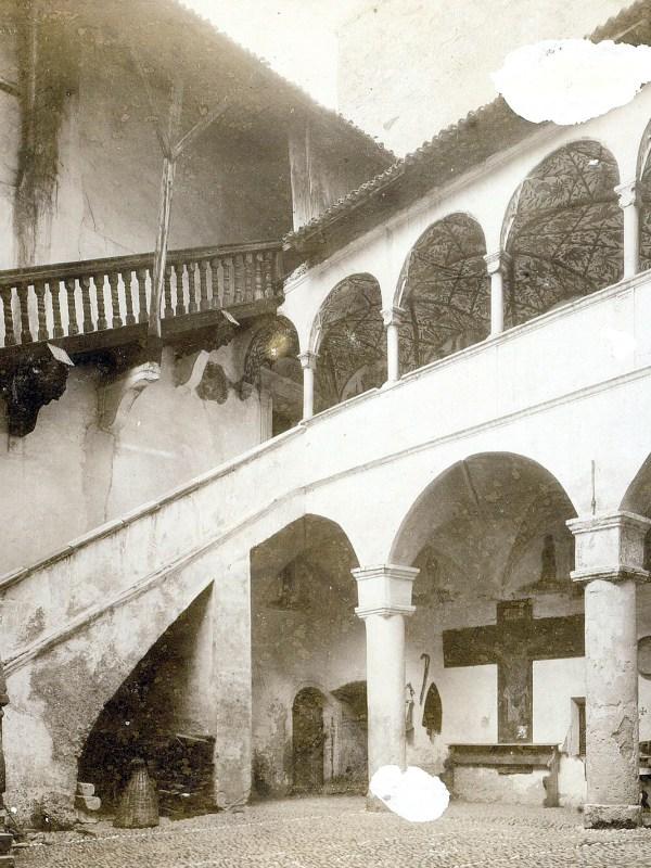 Burg Dornsberg 1898, Treppenaufgang