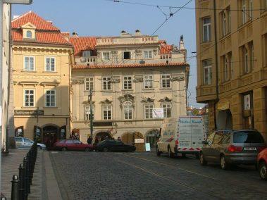 Praga, Karmelitská ulice