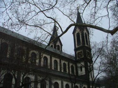 Praga, Iglesia católica de San Cirlilo y San Metodio
