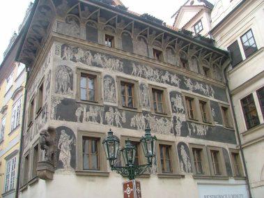 Praga, Casa del minuto, plaza de la ciudad vieja