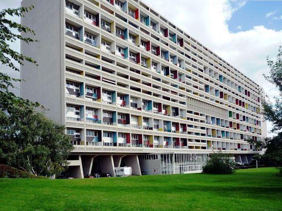 Edificio diseñado por Le Corbusier en Berlín que aplica el concepto Unité d'Habitation