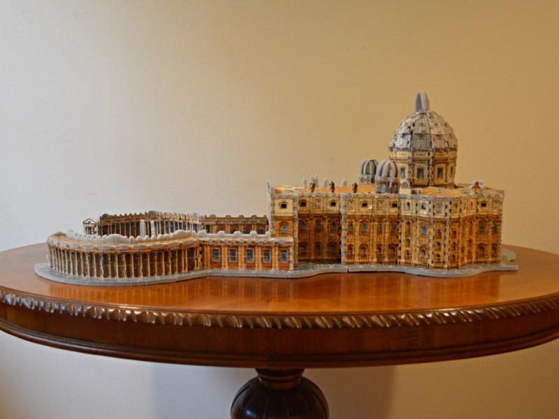 3D-pussel med Petersplatsen och Peterskyrkan. Pusslet lagt av en senior vid Josephinnahemmet. Foto: Lovisa Grabe.