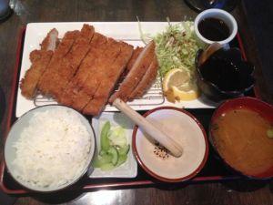 The double tonkatsu plate. Ah, natsukashii...
