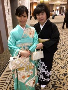 Akemi and her mom, dressed for the occasion.