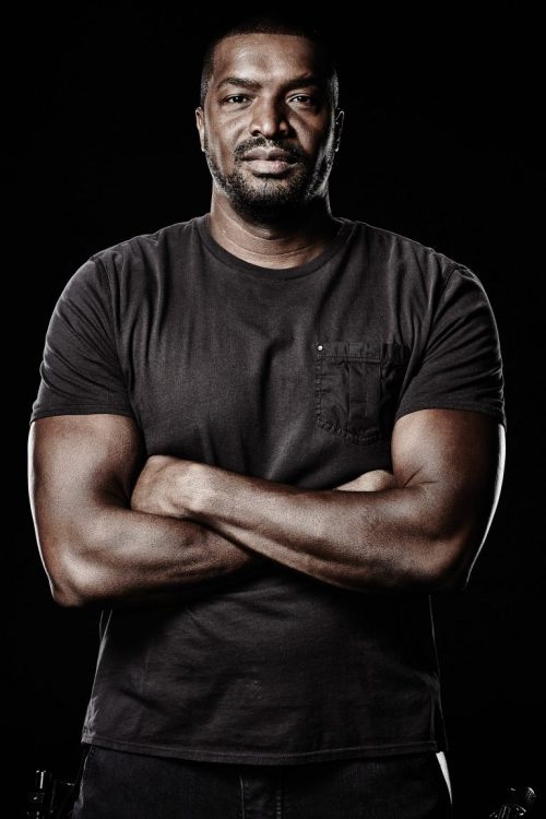 November 19, 2016: Submit Your Questions For Roger Cross, Dark Matter's Six!