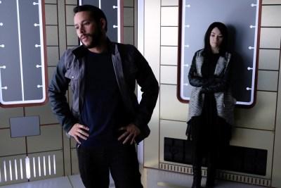June 29, 2017: A Sneak Peek At This Friday's Episode Of Dark Matter!