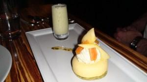 Passion fruit mousse, matcha chantilly, passion fruit and matcha milkshake.